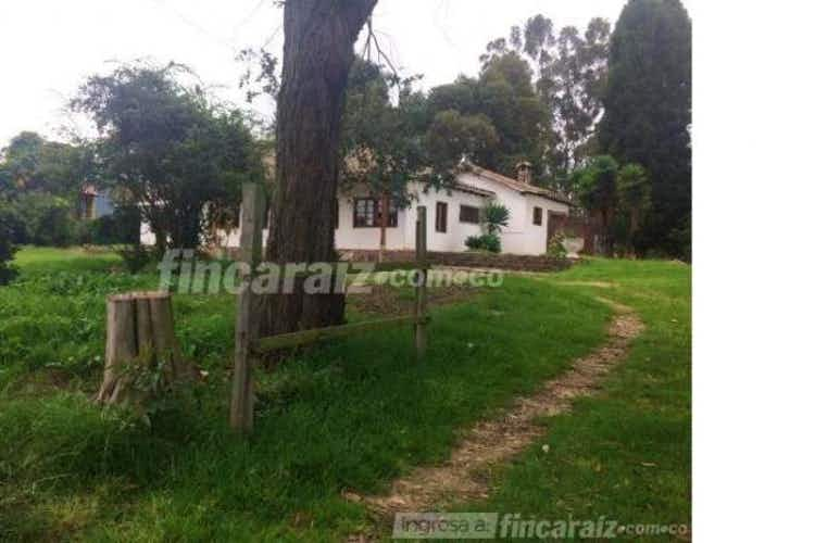Portada Finca En Venta En Chia Fagua cuenta con 2 casa para remodelar