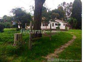 Finca En Venta En Chia Fagua cuenta con 2 casa para remodelar
