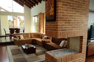 Casa En Venta En Chia Sector La Dorada, con 3 habitaciones y jacuzzi.