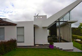 Casa Campestre En Venta En Chia Parcelacion Sindamanoy con amplias zonas comunes