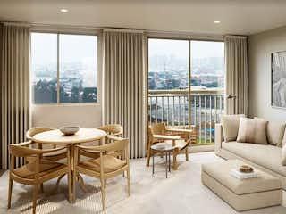 Una sala de estar llena de muebles y una gran ventana en Viena