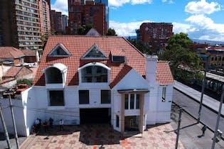 Casa en venta en Teusaquillo con Zonas húmedas...