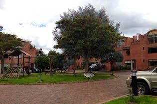 Casa en venta en Casco Urbano Chía con Jardín...