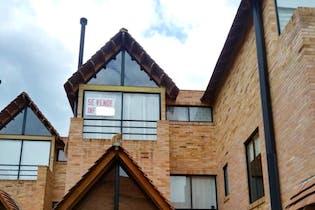 Casa En Venta En Chia Tiquiza con tres habitaciones