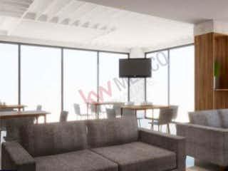 Una sala de estar llena de muebles y una ventana en Departamento en venta en Fracc Rincon Del Valle de tres recamaras