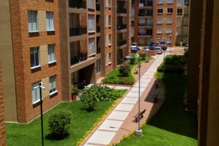 Apartamento En Venta En Cajica tercer piso con ascensor, balcón