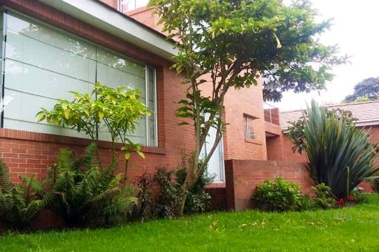 Portada Casa Condominio en Chia Guaymaral - de tres niveles