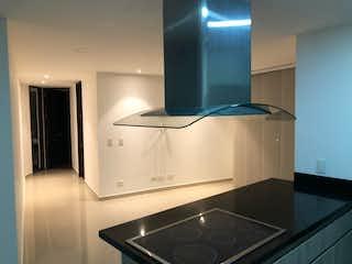 Una cocina con fregadero y horno de acero inoxidable en Apartamento en venta en Calle Del Banco 64m² con Zonas húmedas...