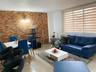Una sala de estar llena de muebles y una chimenea en Apartamento en Venta Sector Milán, Envigado