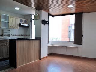 Una cocina con un gran ventanal en ella en Venta Apartamento en Samper - 3186867