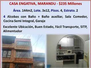 Un collage de fotos de una casa en Casa en venta en Villas Del Madrigal de 4 habitaciones