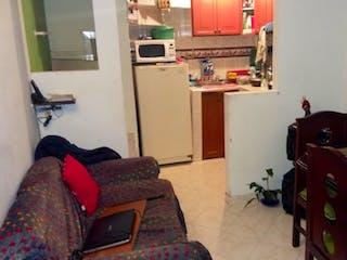 Una sala de estar llena de muebles y una silla en Casa en venta en Andalucía, de 63mtrs2