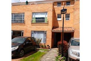 Casa en venta en Centro Chia, 122m²
