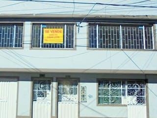 Casa en venta en La Giralda, Bogotá
