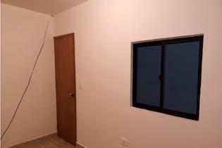Casa en venta en Manrique de 2 habitaciones