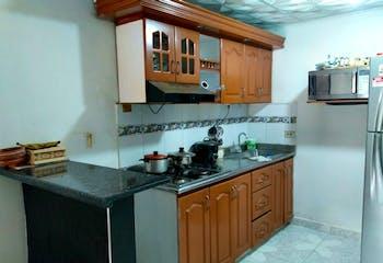 Apartamento en venta en Barrio Buenos Aires de 4 alcobas