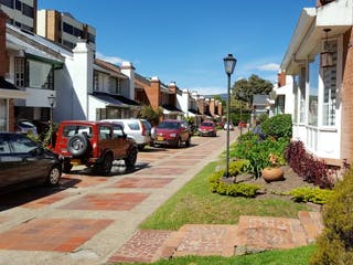 Casa, casa en venta en Barrio Cedritos, Bogotá