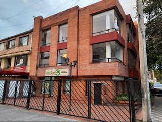 Un edificio de ladrillo rojo con un edificio de ladrillo rojo en Apartamento en venta en La Capuchina, 94m²