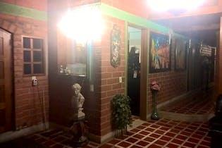 Venta Casa En Barbosa Con 5 Alcobas Y 4 Closet.