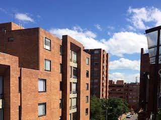 Un gran edificio de ladrillo en una calle de la ciudad en Apartamento en venta en Iberia de 3 alcoba