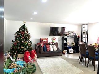 Una sala de estar con un árbol de navidad en ella en Casa En Venta En Bogota Pontevedra