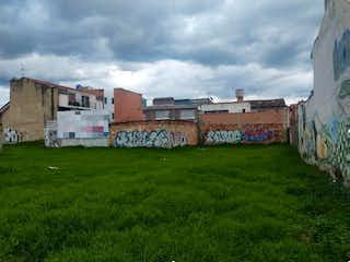 Una vista de un edificio con un edificio en el fondo en Chia, Lote en venta en Casco Urbano Chía de 900m²