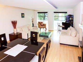 Una sala de estar llena de muebles y una televisión de pantalla plana en TORRE HAMBURGO ESQ SEVILLA, COL. JUAREZ