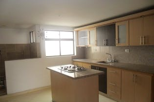 Venta Casa En Calasanz Con 4 Habitaciones Y 4 Closet.