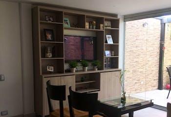 Casa de 173m2 en El Esmeraldal, Envigado - con tres habitaciones