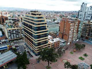 Una vista de una ciudad en medio de una ciudad en Apartaestudio En Venta En Bogota Chapinero Central
