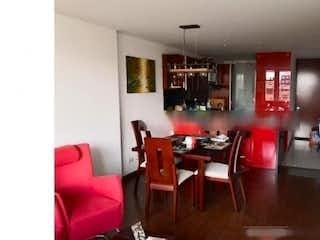 Una sala de estar llena de muebles y una mesa en Apartamento En Venta En Chia Chia