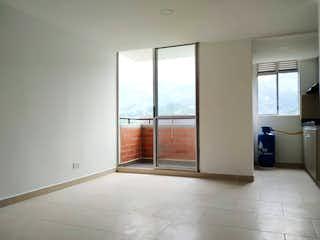 Una vista de una cocina desde el pasillo en Venta de apartamento en La Tablaza - La Estrella