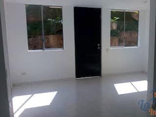 Una vista de una habitación con una puerta de cristal en Casa en venta en Loma de los Bernal, de 80mtrs2