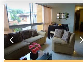 Una sala de estar llena de muebles y una gran ventana en Apartamento en venta en San Germán, 55mt