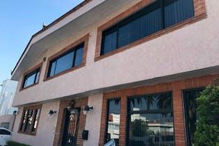 Casa en venta en Club de Golf México, 8 garage