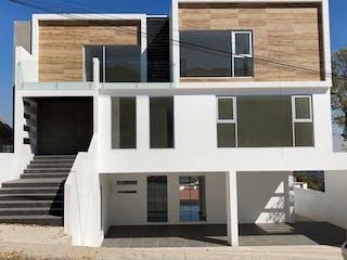 Casa en venta en Condado De Sayavedra, Estado de México