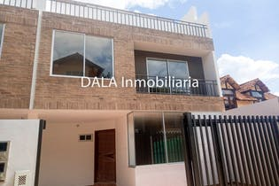 Casa en venta en Centro de 3 hab. con Balcón...