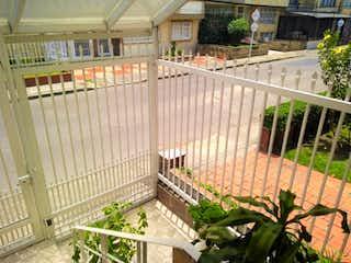 Un jardín lleno de muchas plantas verdes en Casa en venta en Veraguas, 250m²