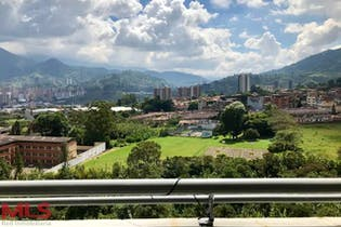 Apartamento en venta en Suramerica con acceso a BBQ