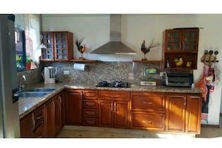 Casa en venta en Las Lomitas 470m²