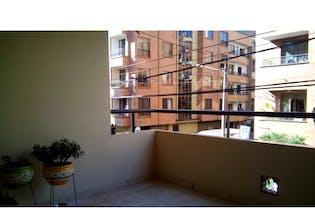 Casa en venta en Calle Larga 120m² con Balcón...