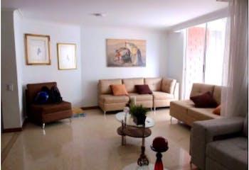 Apartamento en venta en Laureles de 5 alcobas