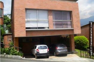 Casa en venta en Las Lomitas, 403m² con Jardín...