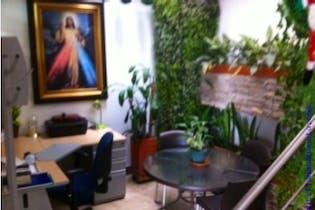 Casa en venta en Las Lomitas 360m² con Piscina...