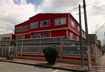 Casa en venta en La Giralda de 14 alcobas