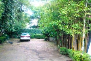 Casa en venta en Lomas de Chapultepec, jardin de 1780 m2