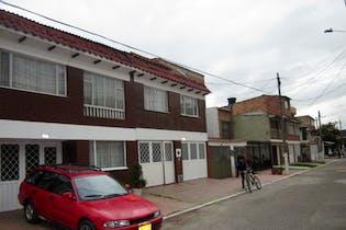 Casa en venta en Madelena de 4 hab.