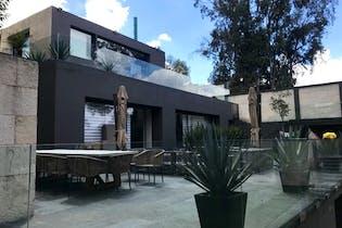 Casa en venta en Lomas de Vista Hermosa, en privada