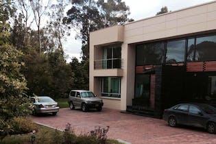 Casa Campestre En venta En Cajica Candil De Loreto cuenta con 4 alcobas