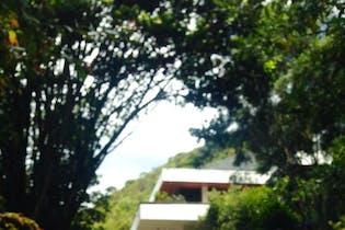 Finca en venta en Casco Urbano Chía de 500m² con Solarium...